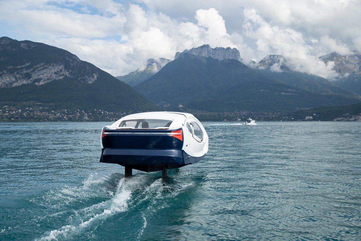 Nouveau_bateau_Lac_Léman