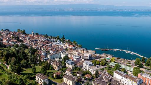 Évian-Les-Bains : la ville idéale pour vivre en Haute-Savoie